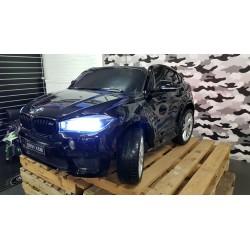 BMW X6 M elektrische kinderauto 2 persoons 2.4G 12V metallic zwart