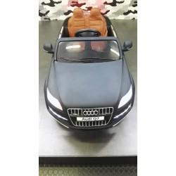 Audi Q7 Matzwart