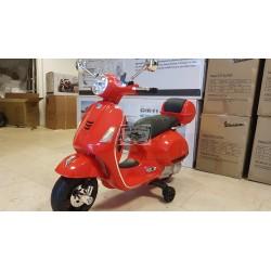 Vespa GTS ELEKTRISCHE kinderscooter rood 12 volt
