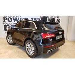ELEKTRISCHE KINDERAUTO AUDI Q5 2 PERSOONS zwart 2.4G 4WD 12V